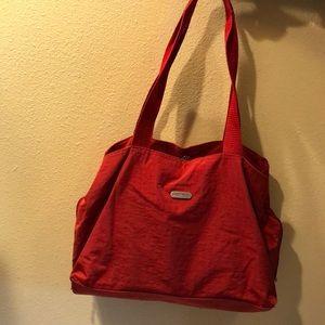 Baggallini large shoulder red tote euc